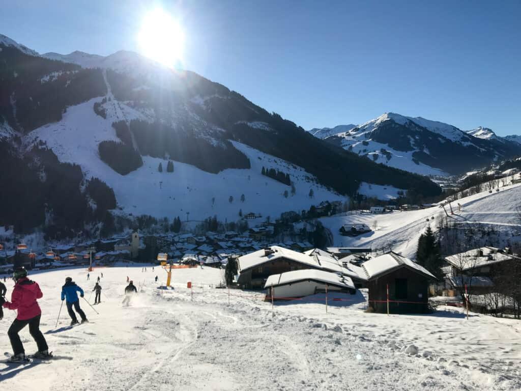 Saalbach-Hinterglemm - Blick auf Saalbach